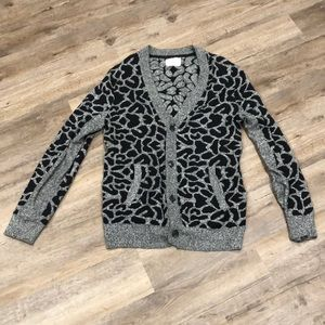 Your Neighbors | Giraffe print cardigan
